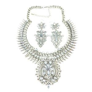 Showstopper Silver Necklace Set